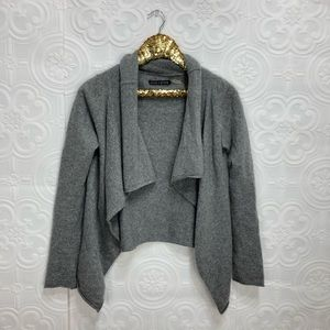   Alice + Olivia   Gray knit blazer